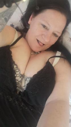 Plz 5 Stolberg Heiße Frau für heißen Sex gegen Taschengeld